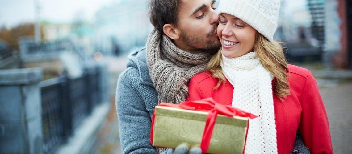 Find den perfekte gave til hende, med vores print-selv gavekort.